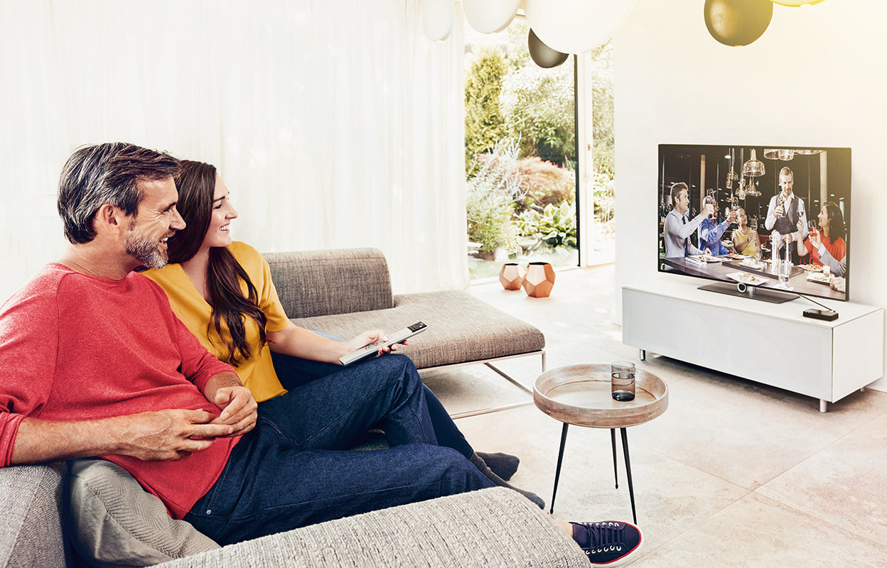 "StreamLine TV offers the most convenient way of ""TV watching with your family"" if there are other members in your family wearing hearing aids. StreamLine TV enables direct streaming into multiple pairs of compatible Signia hearing aids at the same time."